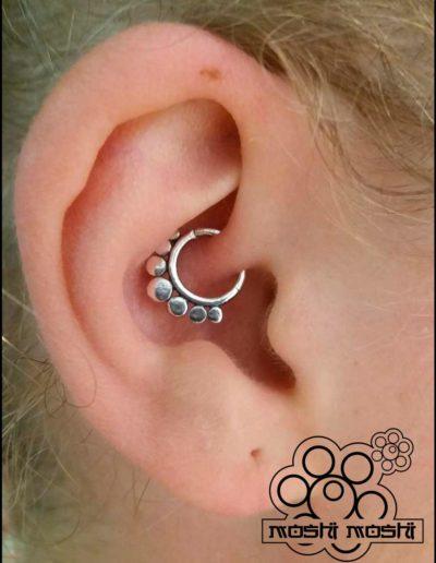 piercing interior oreja pamplona