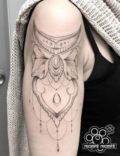 tatuaje formas brazo pamplona
