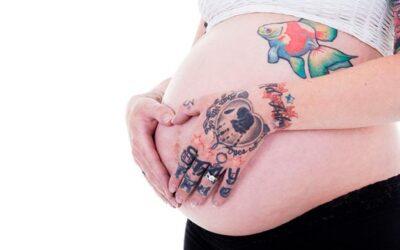 Tatuajes y lactancia: todo lo que debes saber